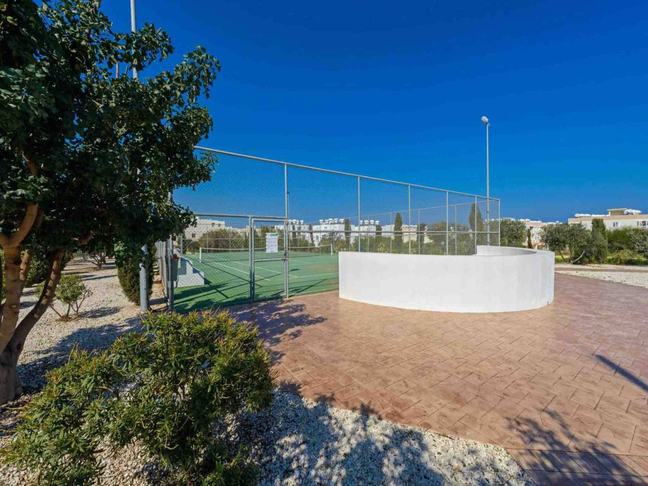 Apartment Modern 1 Bedroom Apartment with Communal Pool  - Great Kings Complex B19 photo 28946168