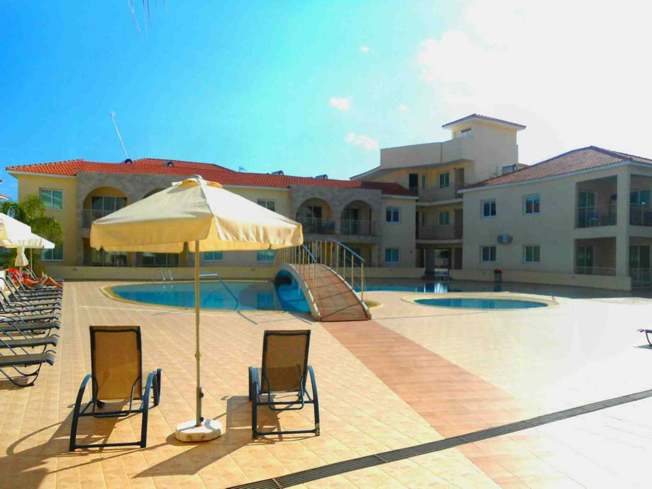 Apartment Modern 1 Bedroom Apartment with Communal Pool  - Great Kings Complex B19 photo 28946173