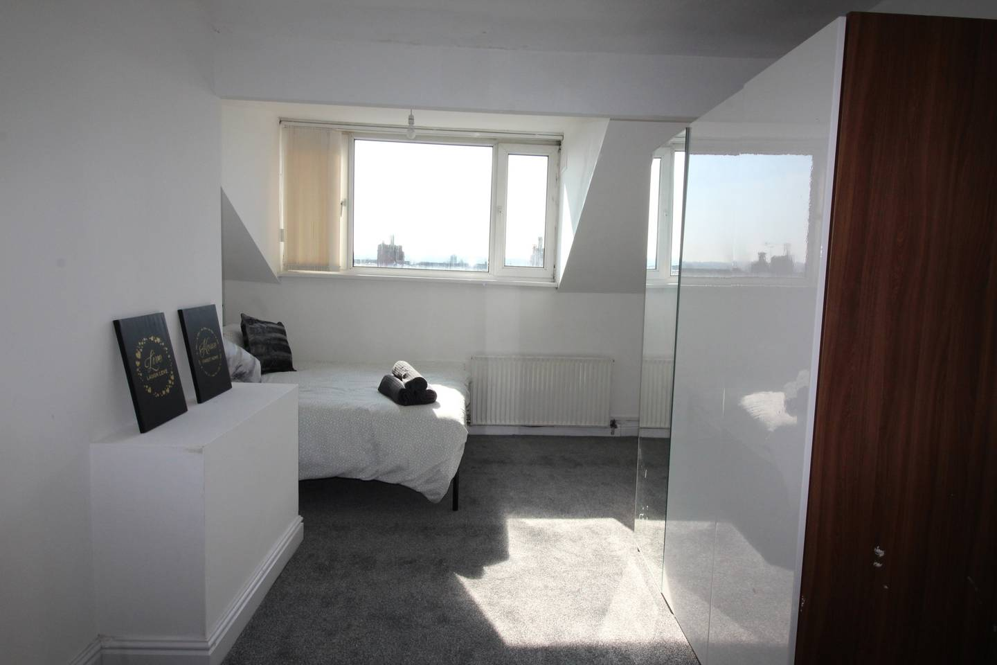 Apartment Lovely 2 Bed House with office space  Leeds photo 17005119