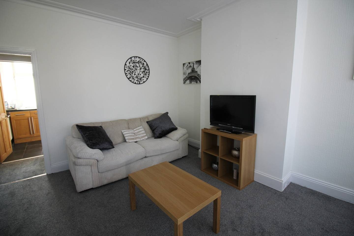 Apartment Lovely 2 Bed House with office space  Leeds photo 17005109