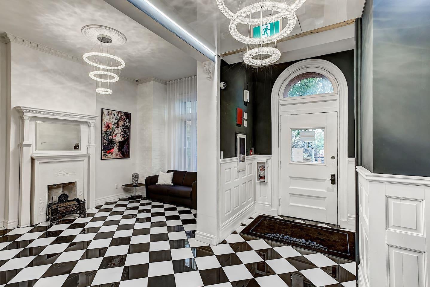 Apartment 102 Suite Studio Downtown Museum photo 17049630