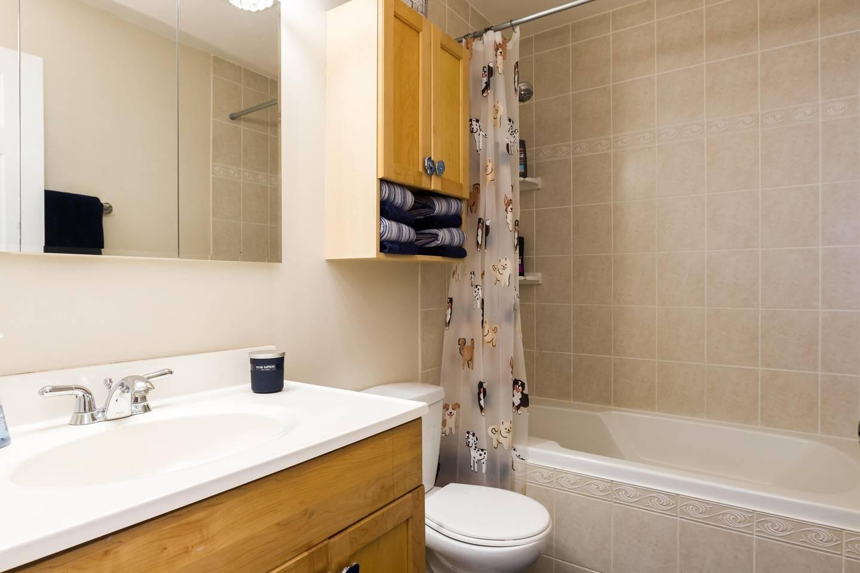 Apartment Modern   XBOX   3Bd   Sleeps 8   North Central photo 18410980