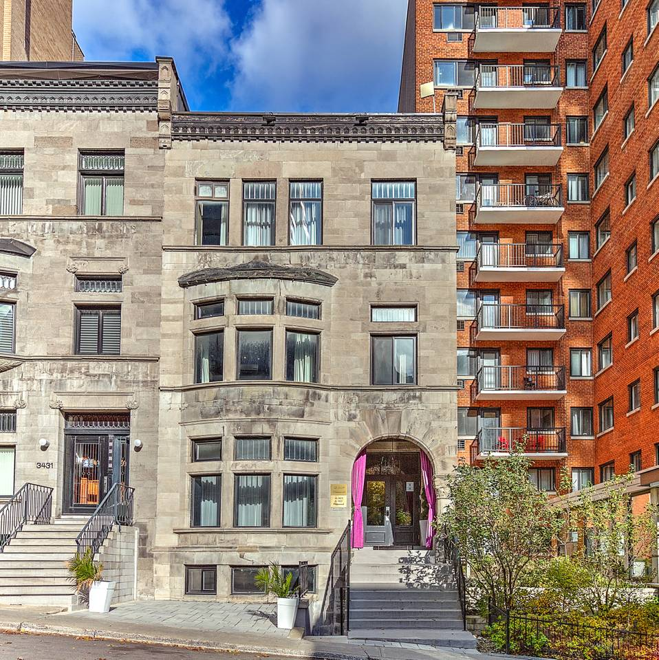 Apartment Family Studio   205  Drummond By BouticStay photo 16934275