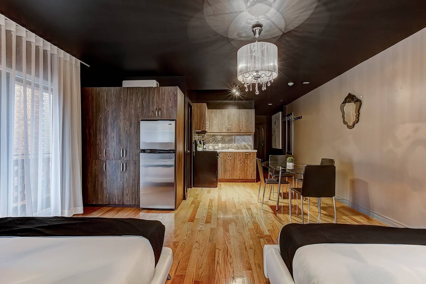 Family Studio  (205) Drummond By BouticStay photo 16939704