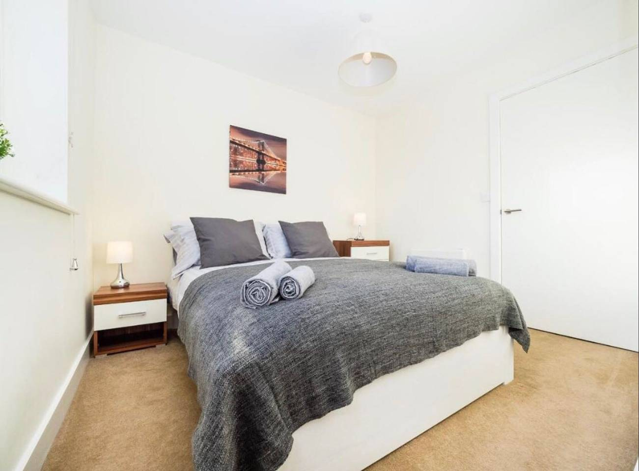 Apartment Spacious   Airy Kennet Apartment Reading sleeps 4 photo 17908305