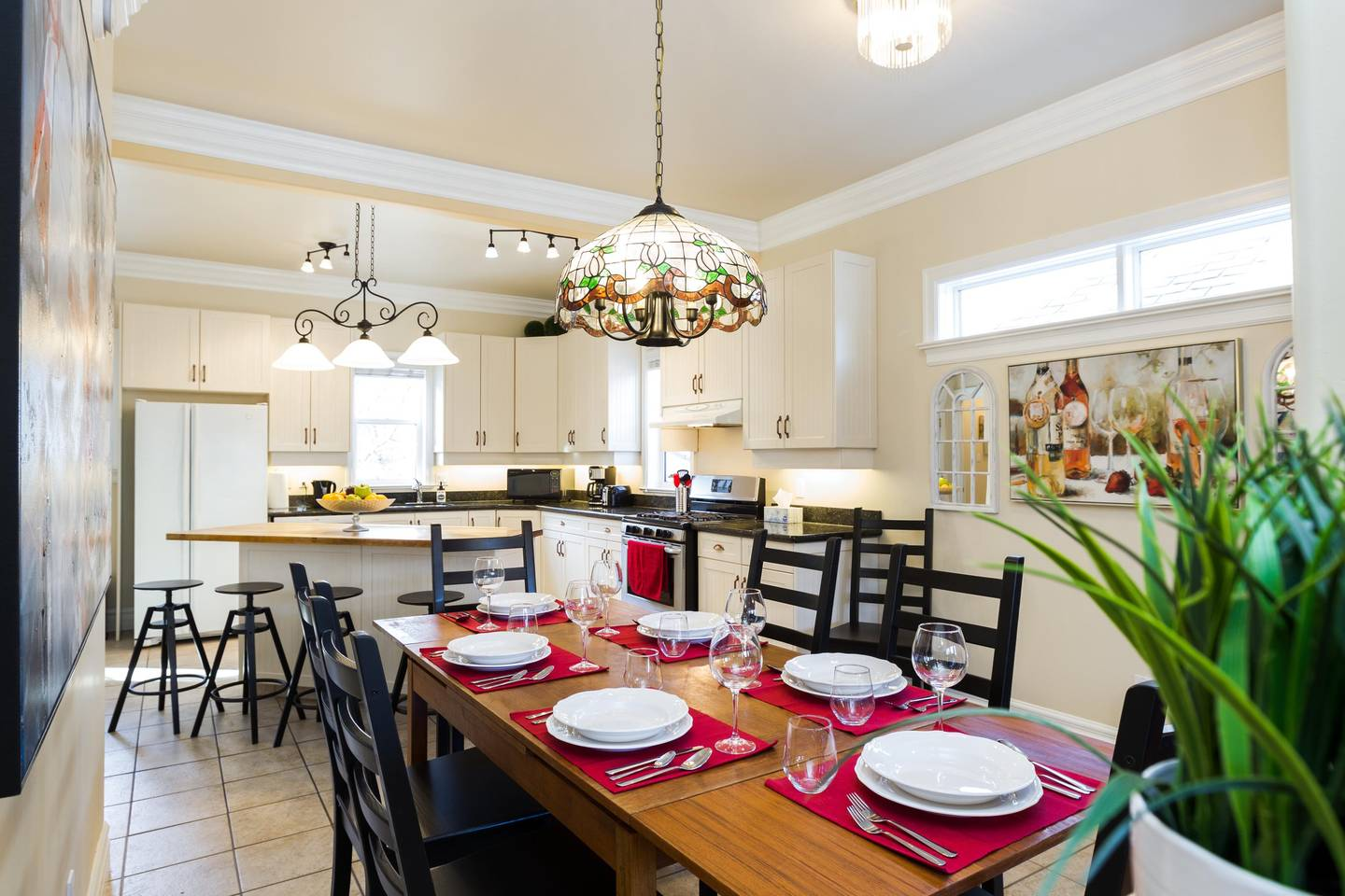 6 BED | WHYTE AVENUE | OLD STRATHCONA | UNIVERSITY photo 18835649