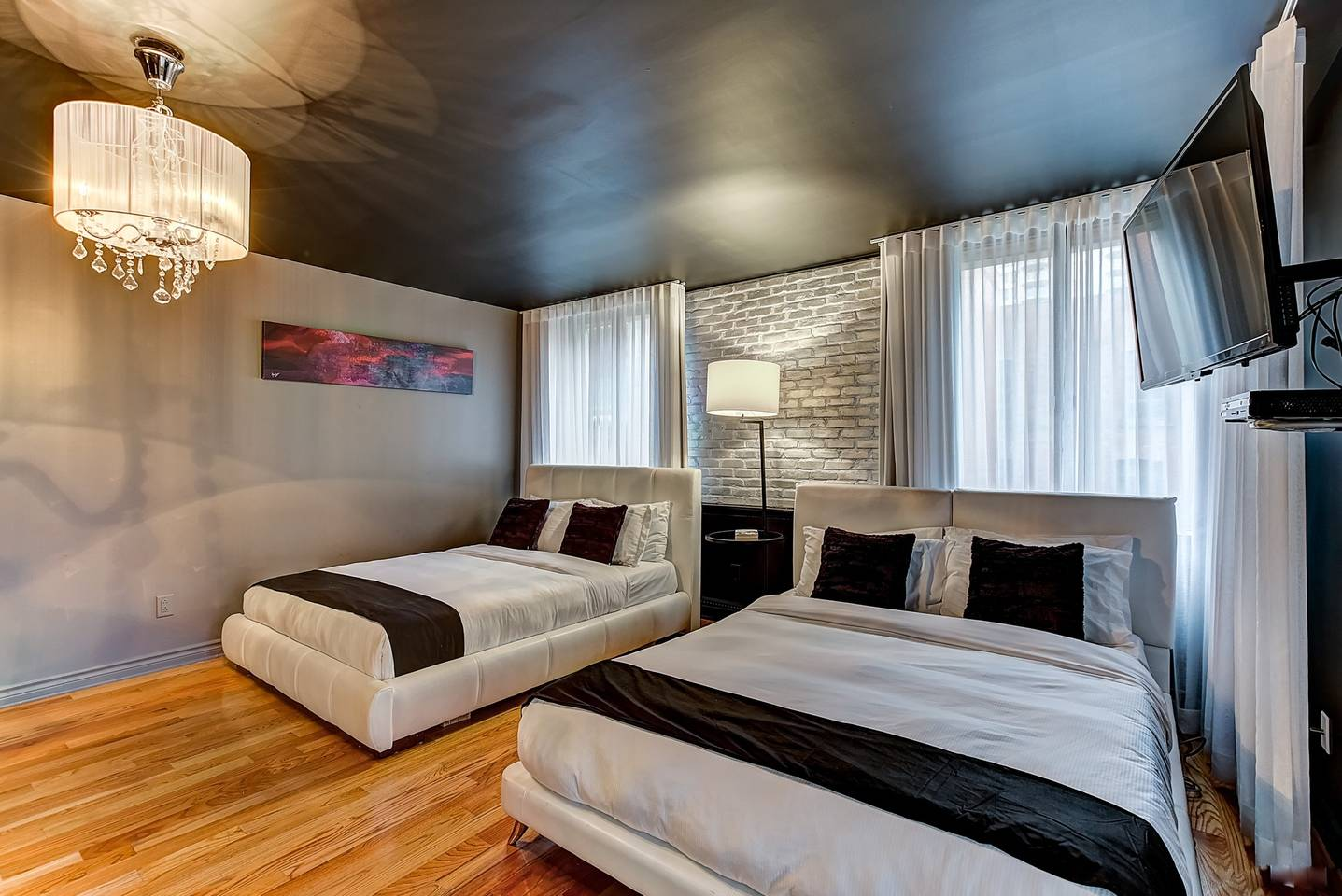 Classique Family Studio (104) Drummond By Bouticstay photo 16300410