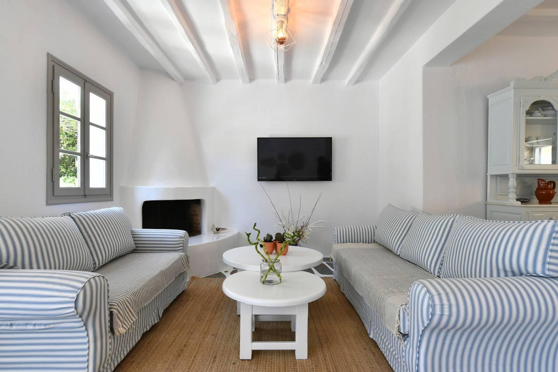 Apartment Santa Flora 3 Bedroom House - Parikia s Edge photo 18772851
