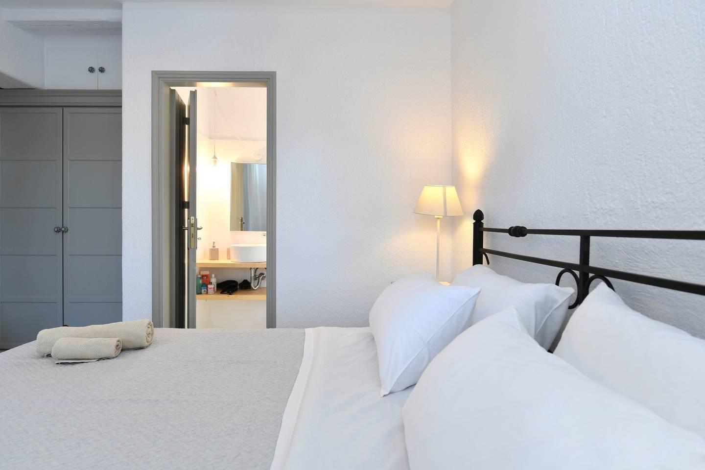 Apartment Santa Flora 3 Bedroom House - Parikia s Edge photo 18712674