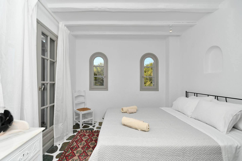 Apartment Santa Flora 3 Bedroom House - Parikia s Edge photo 18881840