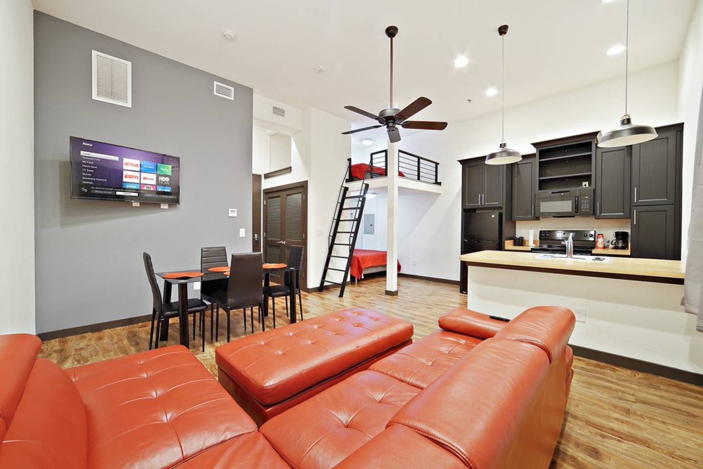 Apartment Loft Style Living in Downtown Tampa  206 photo 19111423