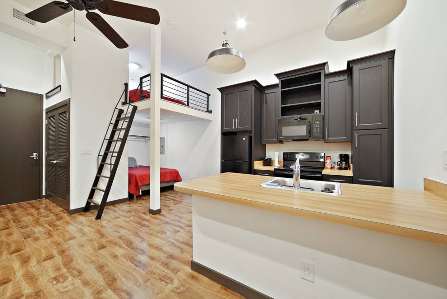 Loft Style Living in Downtown Tampa #206 photo 18401426