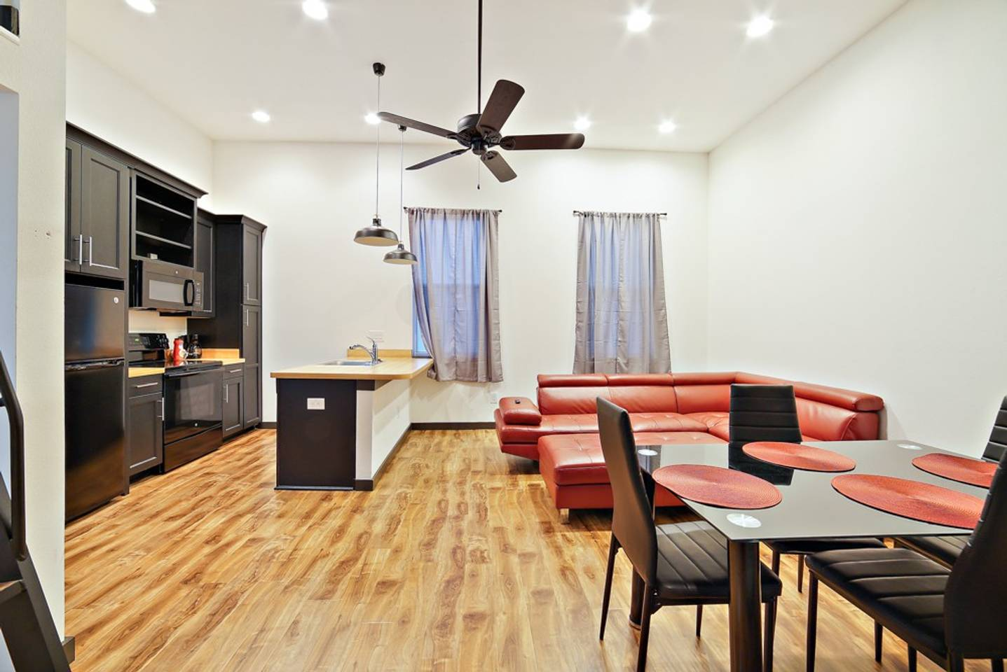Loft Style Living in Downtown Tampa #206 photo 19011202
