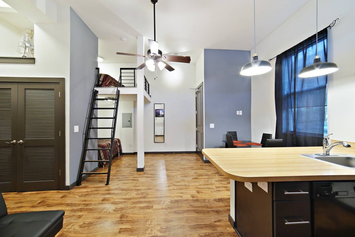 Loft Style Living in Downtown Tampa #103 photo 19380850
