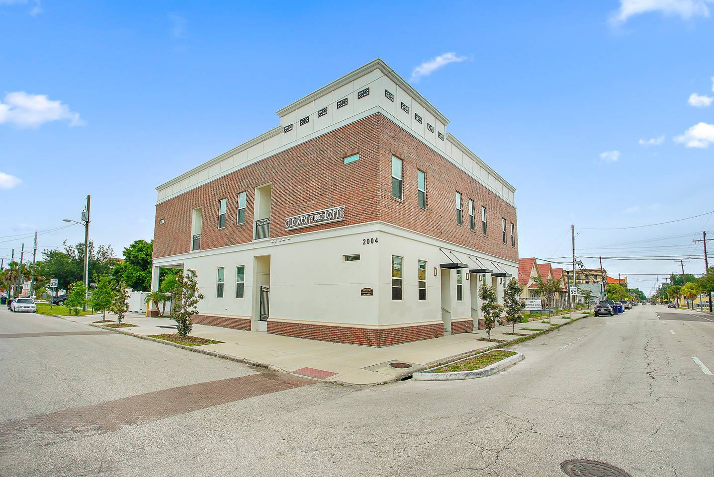 Apartment Loft Style Living in Downtown Tampa  102 photo 18865913