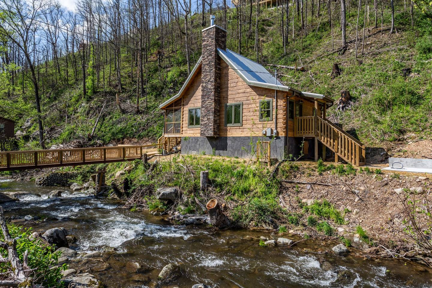 Apartment On Roaring Fork Stream  9 Miles to DwTn Gatlinburg photo 28171352