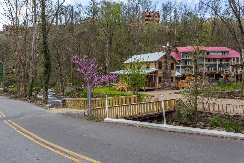 Apartment On Roaring Fork Stream 1 Mile To DwTn Gatlinburg photo 25605439