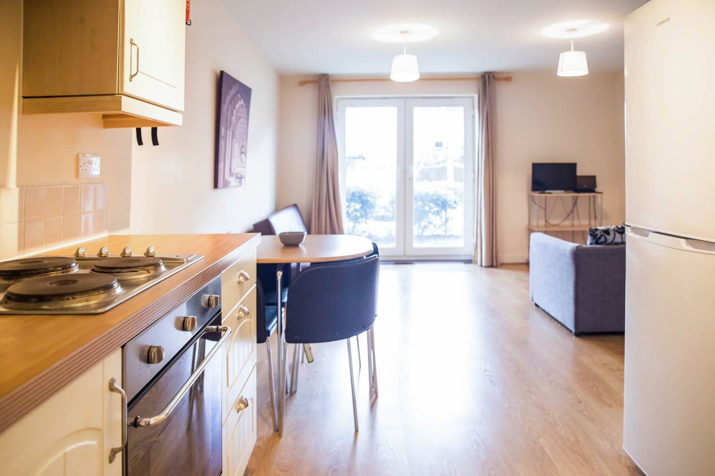 Modern Flat By Hitchin Station with Free Parking photo 16997832