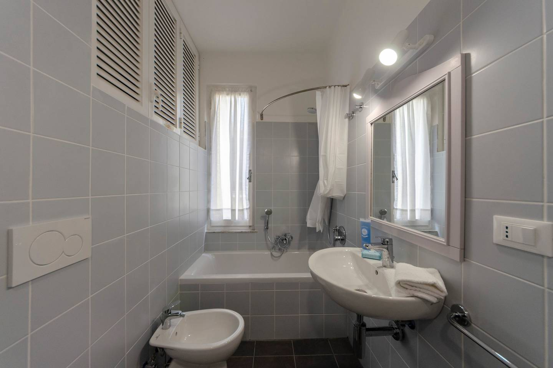 Apartment Hintown PrettyHouse in Vernazza MiniBalcony Apartm photo 16800780