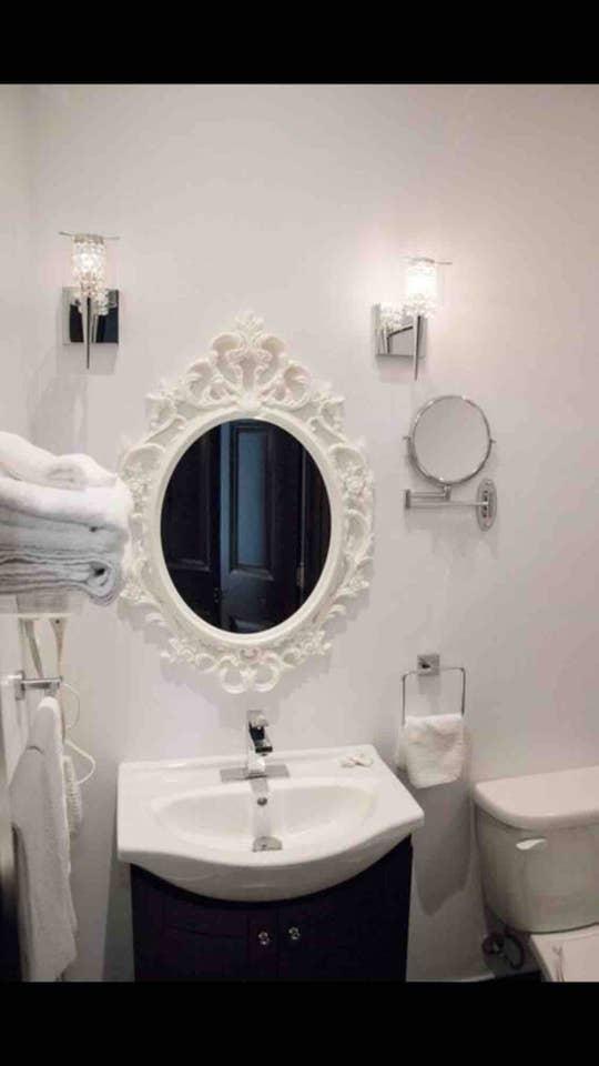 Apartment Downtown Museum District Suite Design Studio photo 25848273
