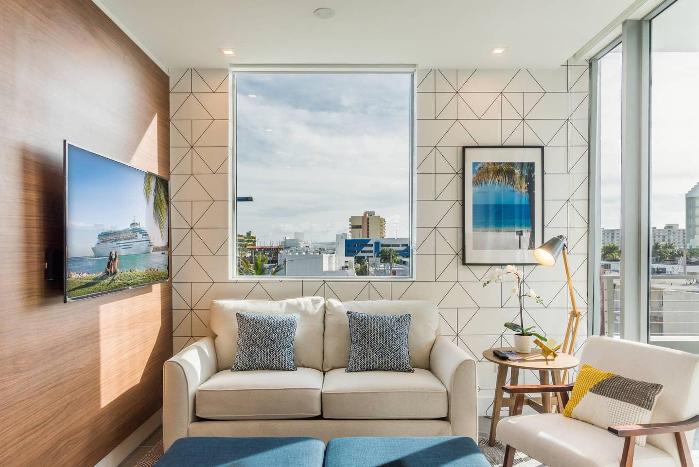 Luxury 2 bedroom apt in Miami Beach 4