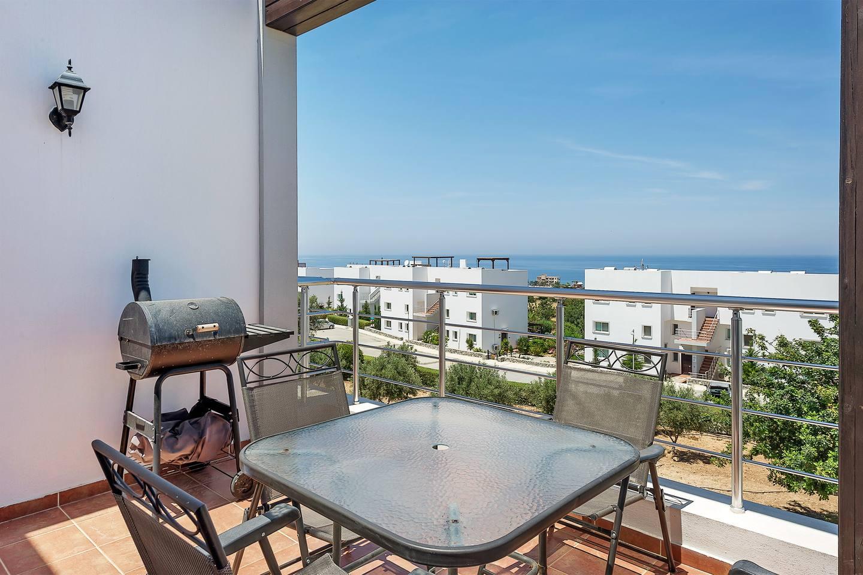 Joya Cyprus Melda Penthouse Apartment photo 19376094