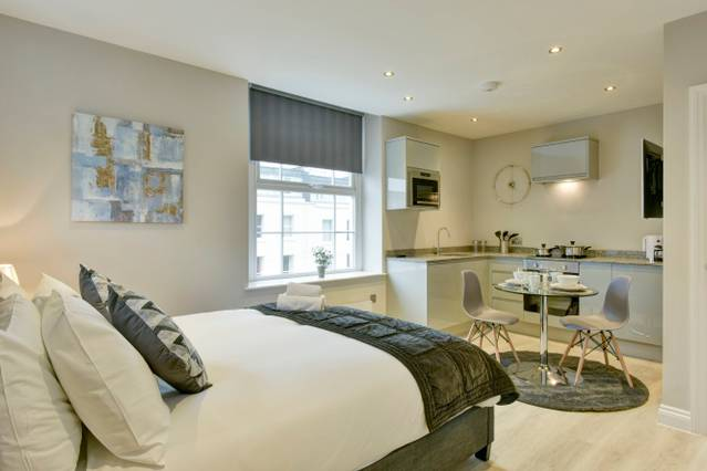 Suite 7 at 31 Meridian - Airbristol