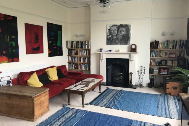 A Homely and Arty Clifton Apartment - Airbristol